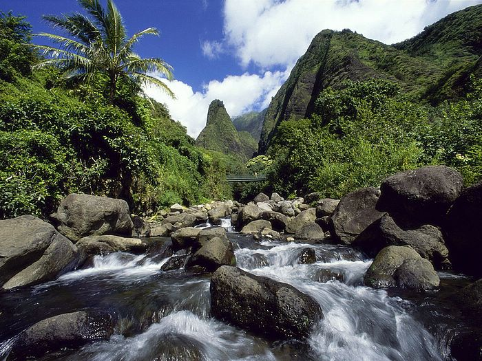 Hawai-Iao-Valley-State-Park